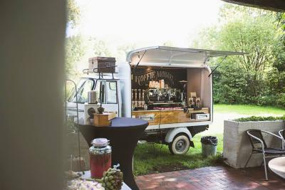 Foodtrucks, Piaggo coffeebar, mobiele koffiecar, picknick, evenementcatering